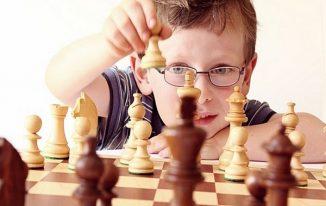 Cách chơi cờ vua giỏi như kiện tướng