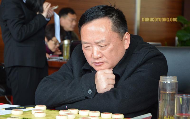 tu-thien-hong
